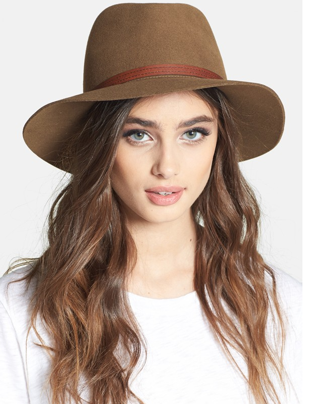 Fashion/Floppy hat: