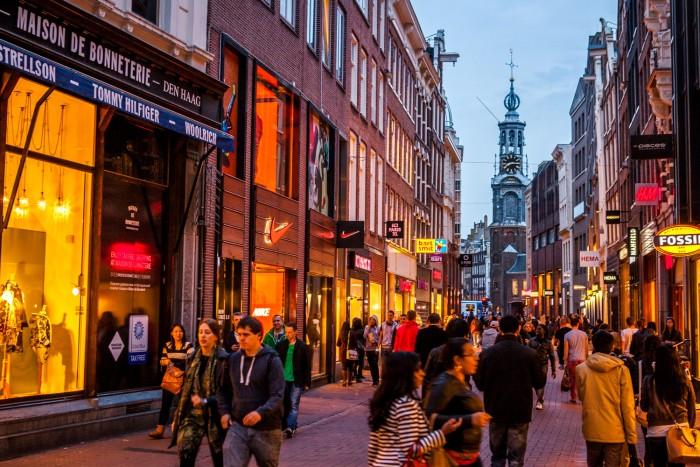 Photos-of-Amsterdam-by-Michael-Matti-4