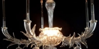 terior_decorating_ideas_chandeliers_covet_02