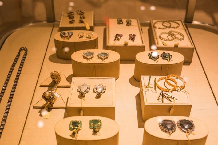 Perkins:jewelry